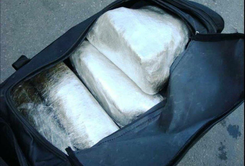 NEVEROVATNO: Pripadnici Vojske Srbije švercovali kokain!